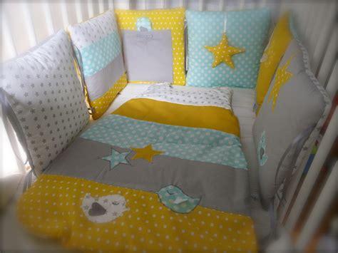tour de lit 233 toiles et oiseaux blanc vert d eau et jaune