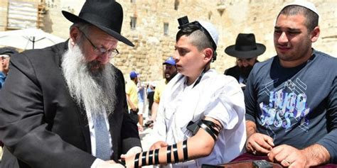 119 Orphans Celebrate Bar Mitzvahs Together At Western Wall