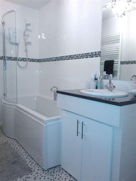 fancy bathroom tile border application   usage