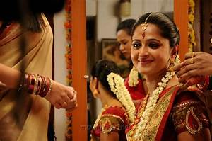Picture 501145 | Actress Anushka Shetty in Singam 2 Latest ...