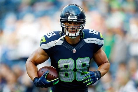 players  seahawks  sign  replace jimmy graham