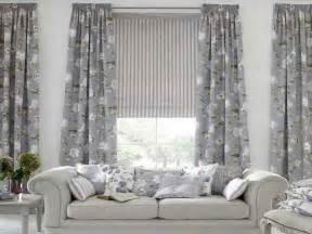 door windows choosing curtain for living room windows