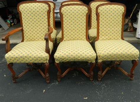 Set Of 6 Queen Anne Style Hand Carved Upholstered Dining