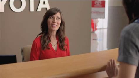 In Toyota Commercial by 2014 Toyota Camry Le Tv Spot Annual Clearance Event