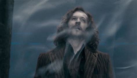 plot explanation - What is the significance of the veil in ...