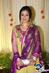 Vivek-Priyanka Wedding Reception -- Divya Dutta Picture ...
