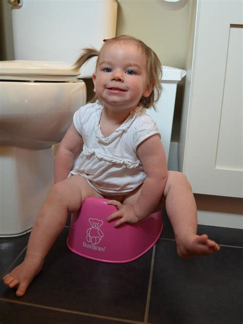 Why Toilet Learning At 1 Year Montessori Moms