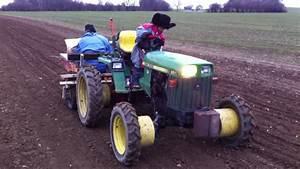 John Deere 855 Planting Garlic