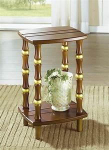 Eiche Rustikal Möbel : kleiner beistelltisch in verschiedenen farben eiche rustikal m bel bader ~ Orissabook.com Haus und Dekorationen