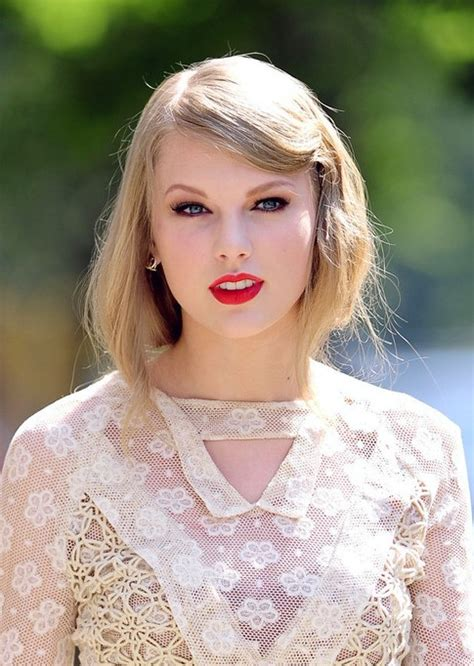 taylor swift bobbed look for long hair hairstyles weekly
