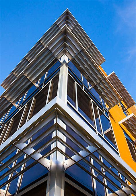 Kawneer Curtain Wall Colors by Designapplause Versoleil Sunshade Kawneer
