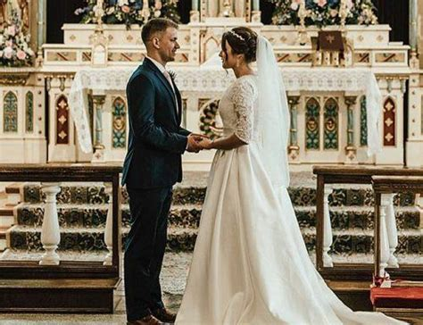 A Guide To Catholic Wedding Vows