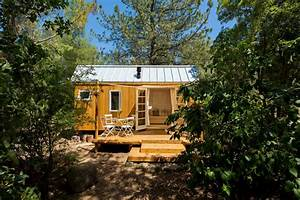 Tribute to style and environmental responsibility vina39s for Small houses in california