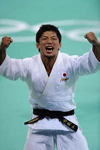 Japanese Uchishiba wins men's 66kg judo Olympic gold ...