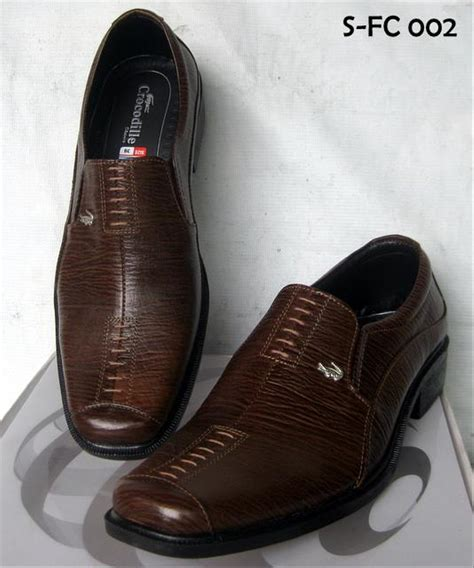 jual sepatu kulit pantofel boots merk branded crocodile kickers kulit asli tahan api