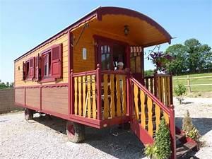 la roulotte rouge picture of gites chambre d39hotes With chambre d hote saint pol sur ternoise