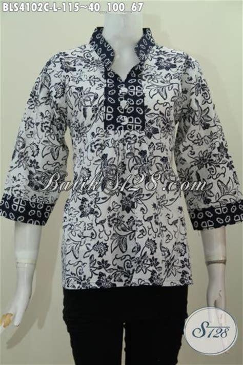 baju batik blus dasar putih  motif unik warna hitam