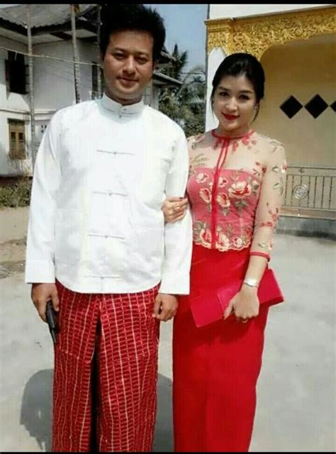 hehhelook  thes couple  red traditional dresses