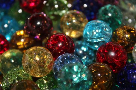 Marbles,Shattered marbles,Fried,Cracked marbles