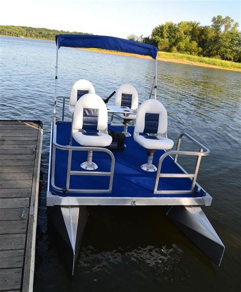 Small Boat Pontoons by The 25 Best Small Pontoon Boats Ideas On Mini