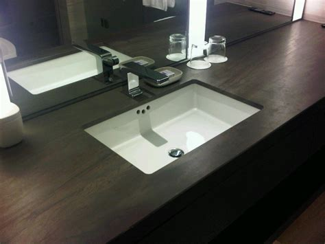 Cozy Undercounter Sink For Exciting Countertop