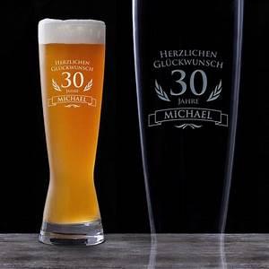 30 Dinge Zum 30 Geburtstag : weizenglas zum 30 geburtstag personalisiert bierglas graviert ~ Sanjose-hotels-ca.com Haus und Dekorationen