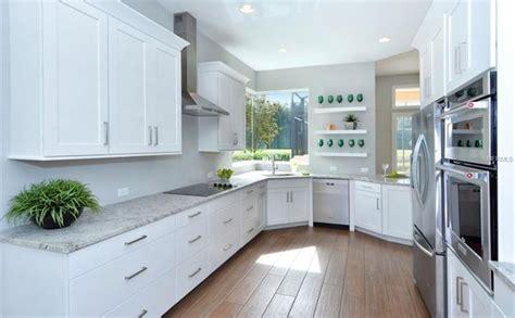 kitchen  kraftmaid cabinetry slab veneer maple  dove