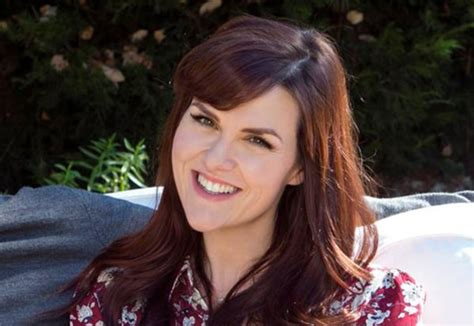 sara rue age sara rue will and grace wiki fandom powered by wikia