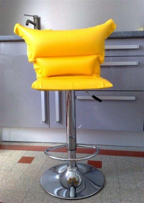 chaise haute de bureau stunning chaise de cuisine jaune images lalawgroup us