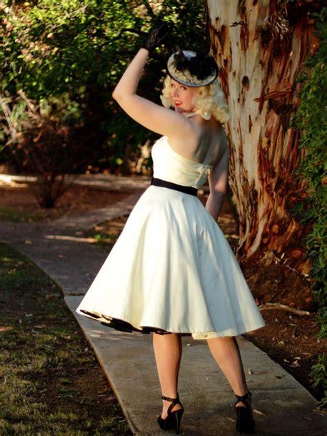 vintage style tea length wedding dresses ivory  style