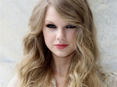 taylor swift stunning pictures   images
