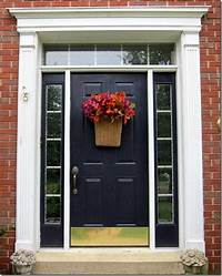 front door decorating ideas How to Easily Decorate Your Front Door For Fall - In My Own Style