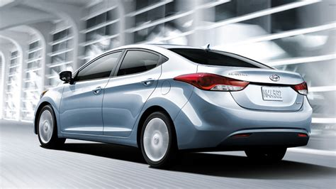 Hyundai Elantra Price 2013 by 2013 Hyundai Elantra Price Features Review