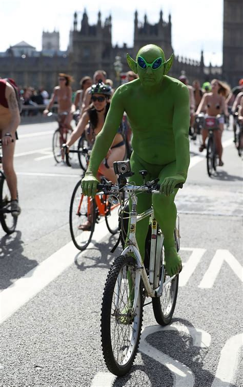 naked bike ride in london madchen
