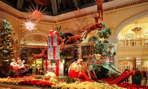 6 Best Hotels In America For Christmas Decorations And