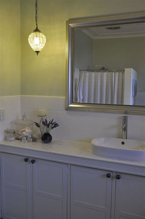Bathroom Tile Tips by 133 Best Images About Updating Cabinets Molding On