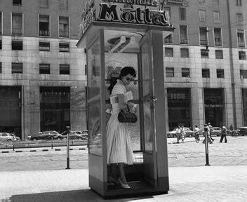 cabine telefoniche italia vecchie cabine telefoniche addio italia il sole 24 ore