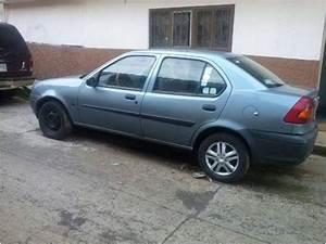 Ford Fiesta Ikon 2001
