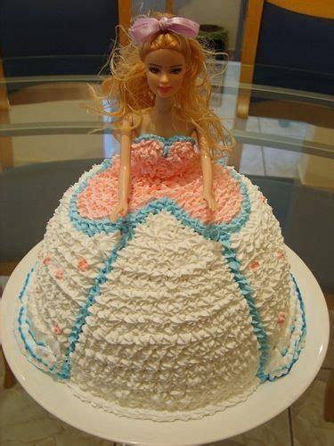 barbie cake   door neighbor