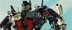 Transformers 3 Dark Of The Moon Ultimate Optimus Prime ...