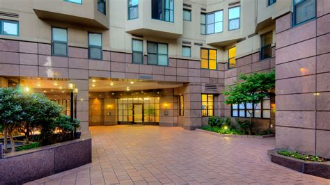 Geary Courtyard Apartments