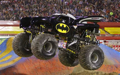 monster jams trucks henshin grid my hopes for power rangers in monster jam trucks