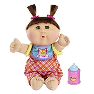 Amazon com: Cabbage Patch Kids Fun to Feed Babies Girl