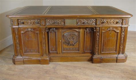 unique furniture antiques for sale unique large presidents resolute desk for sale antiques