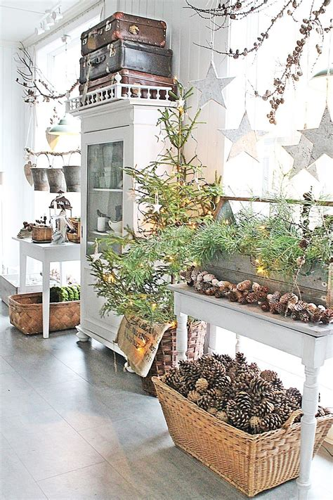 christmas decorating with natural elements decor with elements decorations rustic