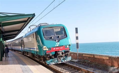 intercit de nuit siege inclinable l italie à grande vitesse avec les trains trenitalia