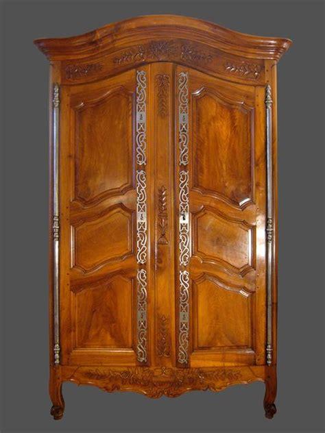 beaux meubles provencaux