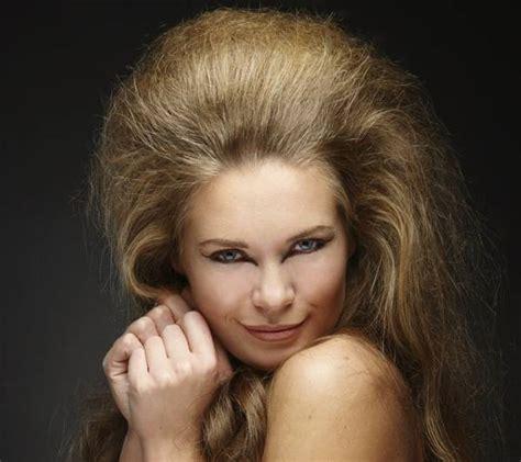 learn   tease hair     voluminous