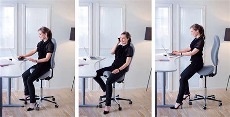 travailler debout bureau travailler assis debout quels effets sur ma santé azergo