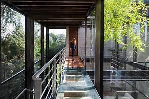 Stunning La Casa En El Bosque Tree House Proves That Contemporary Design Can Live In Harmony